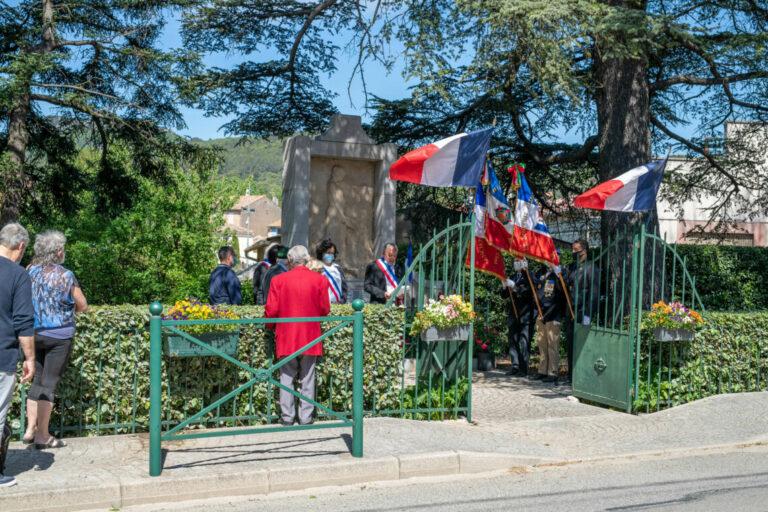 Besse sur Issole - commémoration du 8 mai 45
