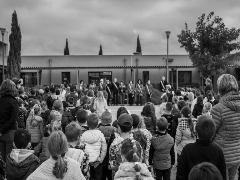 Mairie Besse sur issole - hommage école primaire