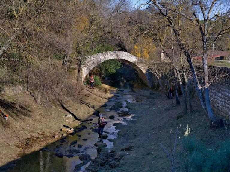 Mairie Besse sur issole - nettoyage pont romain