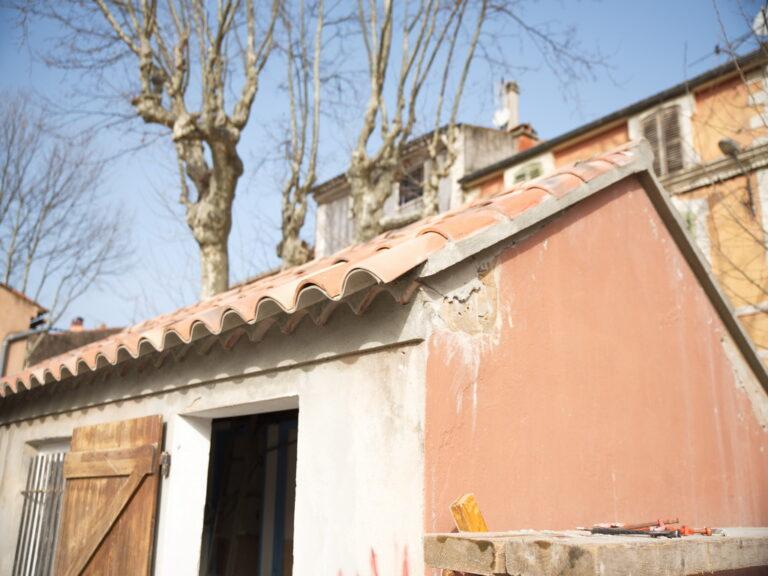 Mairie de besse sur issole - restauration toilettes école maternelle