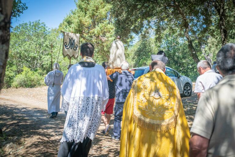 Procession Sainte Agathe à Besse sur Issole